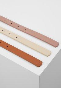 Anna Field - 3 PACK - Waist belt - cognac/rose/beige - 3
