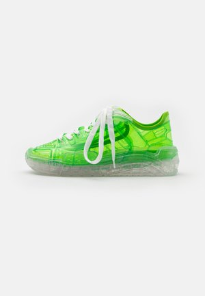 TRANSPARENT SKATE - Sneaker low - lime