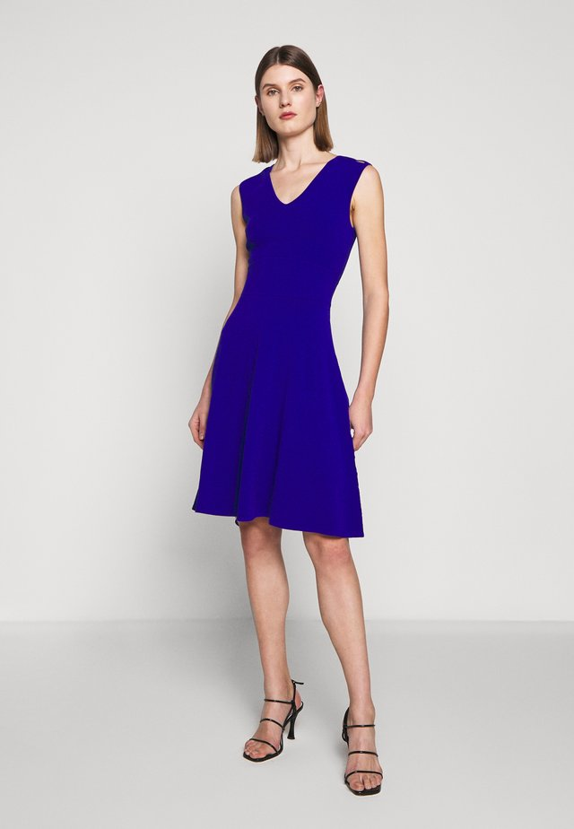 PEEK A BOO SHOULDER DRESS - Jerseyjurk - cobalt