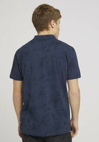 TOM TAILOR DENIM - Polo shirt - navy blue thistle print - 2