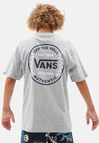 Vans - Print T-shirt - athletic heather - 1