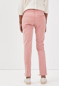 BONOBO Jeans - Chinos - rose - 2