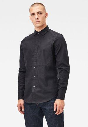 TUXEDO SLIM LONG SLEEVE - Overhemd - dk black