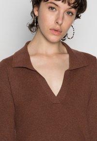 Fashion Union - JEN - Gebreide jurk - chocolate brown - 4