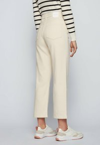 BOSS - Straight leg jeans - open white - 2