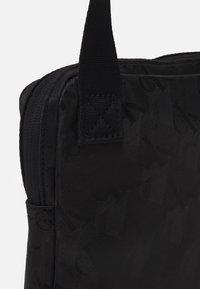 Calvin Klein Jeans - MICRO REPORTER - Taška spříčným popruhem - black - 3