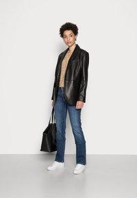 Freeman T. Porter - MADIE - Straight leg jeans - manisto - 1