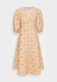 VALARIE DRESS - Vestito estivo - apricot