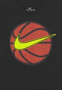 Nike Sportswear - FAUX BASKETBALL - Print T-shirt - black - 2