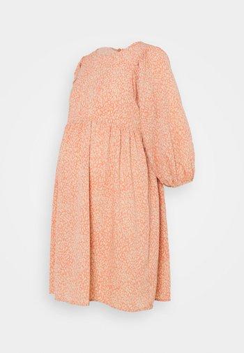 PCMGILBERTA  DRESS
