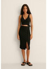 NA-KD - Pencil skirt - black - 1
