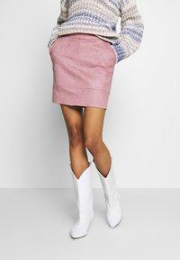 ONLY - ONLJULIE BONDED SKIRT - Mini skirt - adobe rose - 0