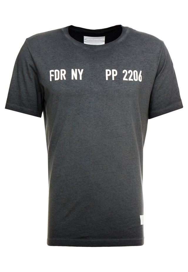 T-shirt imprimé - iron