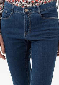 BRAX - STYLE MARY - Slim fit jeans - clean regular blue - 3