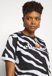 Ellesse - RERTA - Camiseta estampada - black - 3