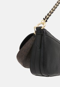 MICHAEL Michael Kors - JET CHARMMD POUCH XBODY SET - Across body bag - brown/black - 8