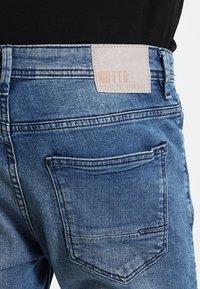 TOM TAILOR DENIM - CULVER - Slim fit jeans - light stone wash denim - 4