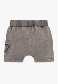 Turtledove - BEAR POCKET HAREM BABY  - Szorty - dark grey - 1