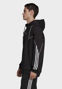 adidas Originals - BIG TREFOIL ABSTRACT HOODIE - Hoodie - black - 2
