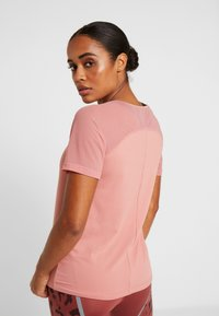 ONLY Play - ONPJAVA TEE - Print T-shirt - dusty rose - 2