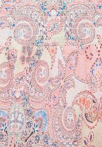 ONLY - ONLALLY SMOCK LAYERED SKIRT - Mini skirt - sugar coral/desert - 4