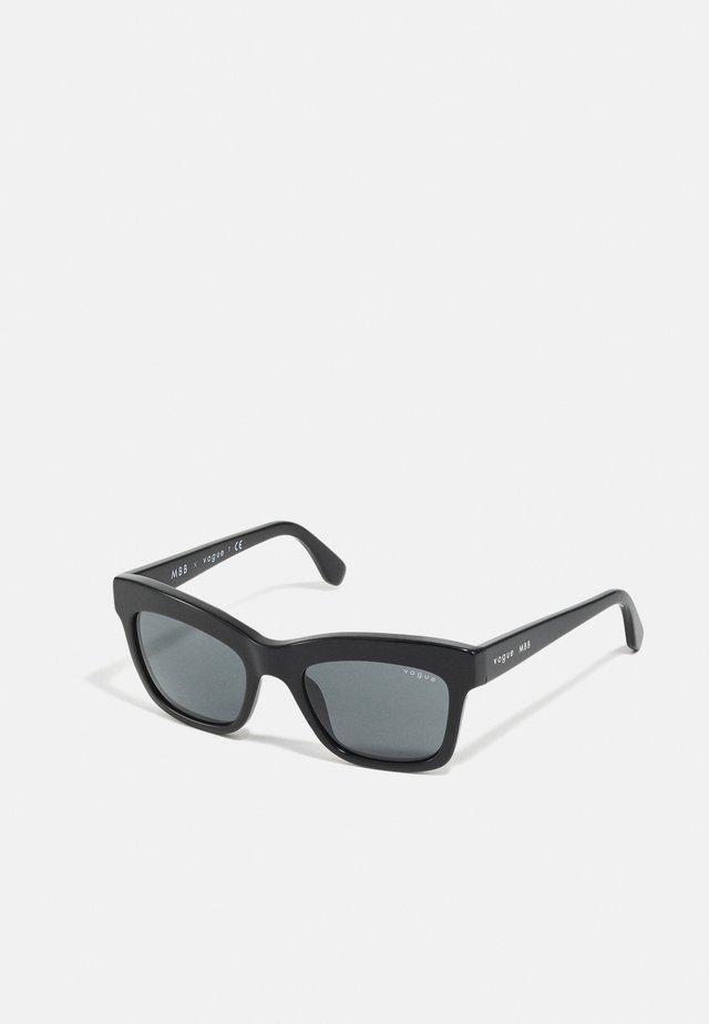 MARBELLA - Occhiali da sole - black