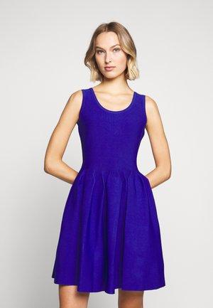 ENGINEERED PLEATS DRESS - Vestito elegante - sapphire