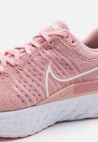 Nike Performance - REACT INFINITY RUN FK 2 - Nøytrale løpesko - pink glaze/white/pink - 5
