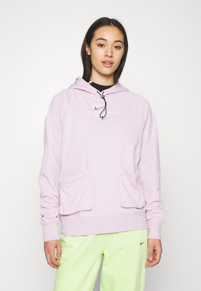 Nike Sportswear - HOODIE - Sweatshirt - iced lilac/white