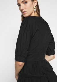 MICHAEL Michael Kors - V NECK PUFF DRESS - Day dress - black - 5