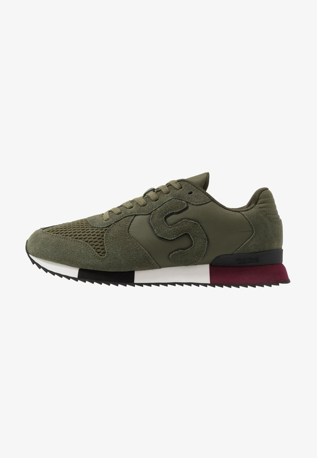 RETRO RUNNER - Baskets basses - khaki