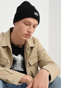Obey Clothing - ICON EYES BEANIE - Beanie - black - 1
