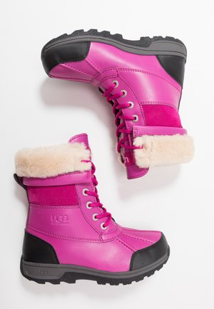BUTTE  - Winter boots - fuchsia