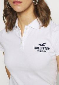 Hollister Co. - CORE LOGO - Polo - white - 4