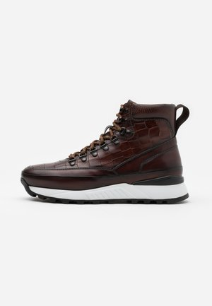 Bottines à lacets - marron