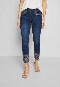 Desigual - FLOYER - Jeans slim fit - denim dark blue - 0