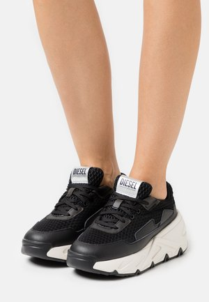 S-HERBY LC - Trainers - black