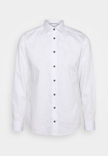 FINE STRIPES WEAVE SHIRT - Formal shirt - white