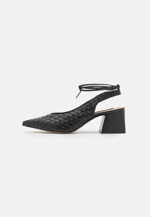 Zapatos de salón con cordones - black