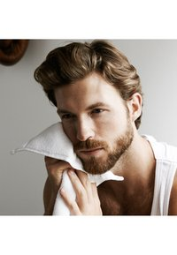 L'Oréal Men Expert - BARBER CLUB 3IN1 SHAMPOO - Bart-Shampoo - - - 2
