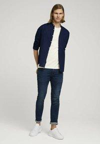 TOM TAILOR DENIM - Print T-shirt - yellow white thin stripe - 1