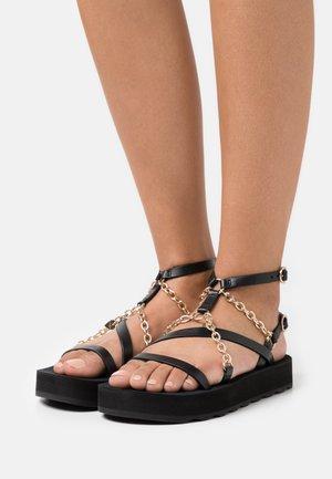 FRANKIECHARM - Sandály s odděleným palcem - noir