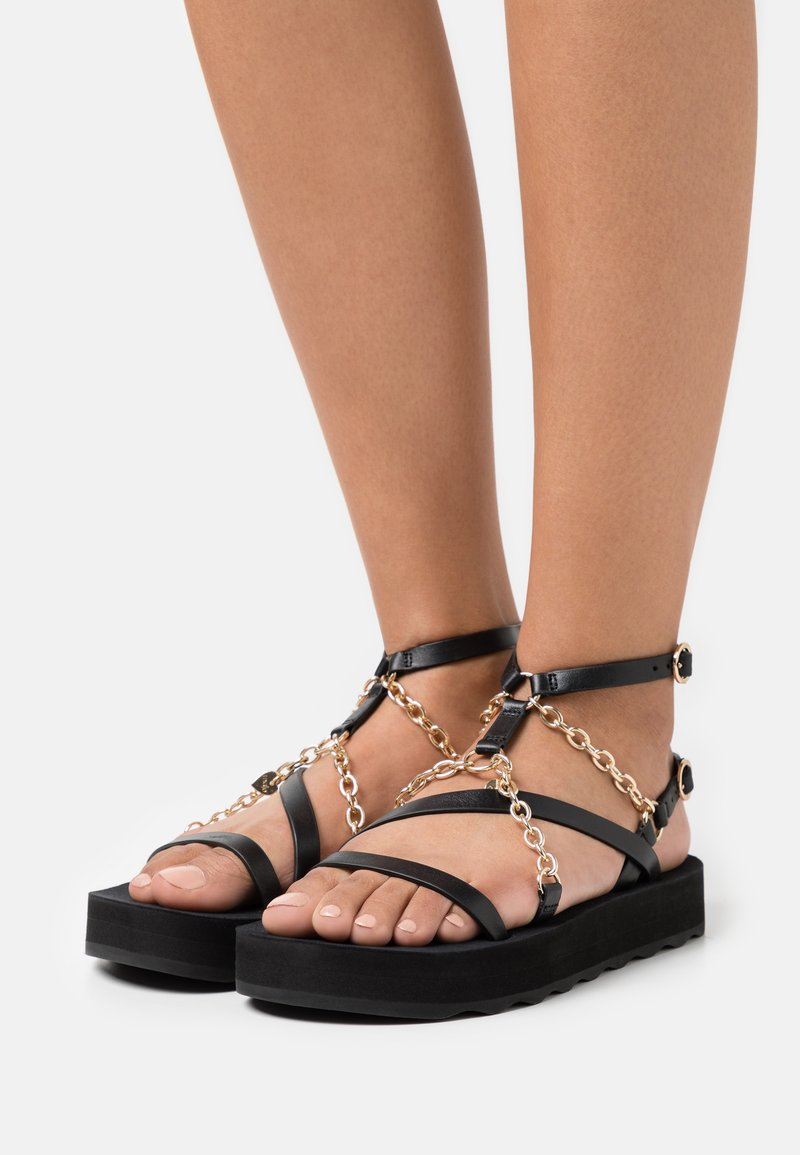 maje - FRANKIECHARM - T-bar sandals - noir