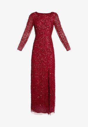 COVERED COLUMN GOWN - Společenské šaty - cranberry