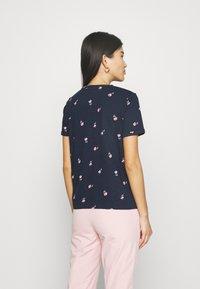 Marks & Spencer London - AUTH POCK TEE - T-shirts med print - dark blue - 2