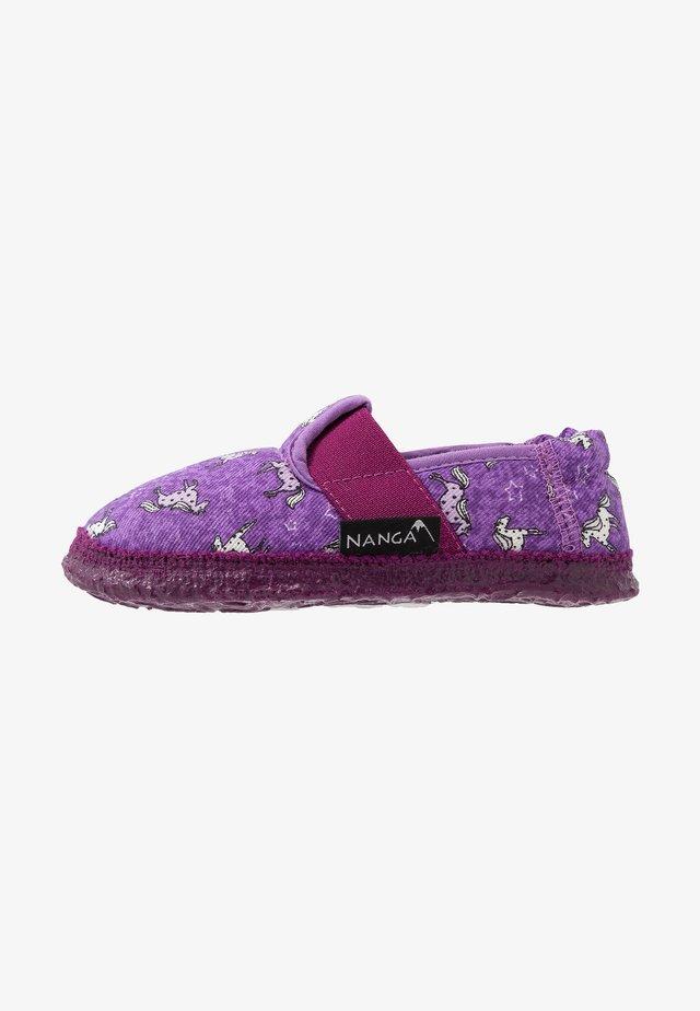 LUSTIGES PFERD - Domácí obuv - bordeaux