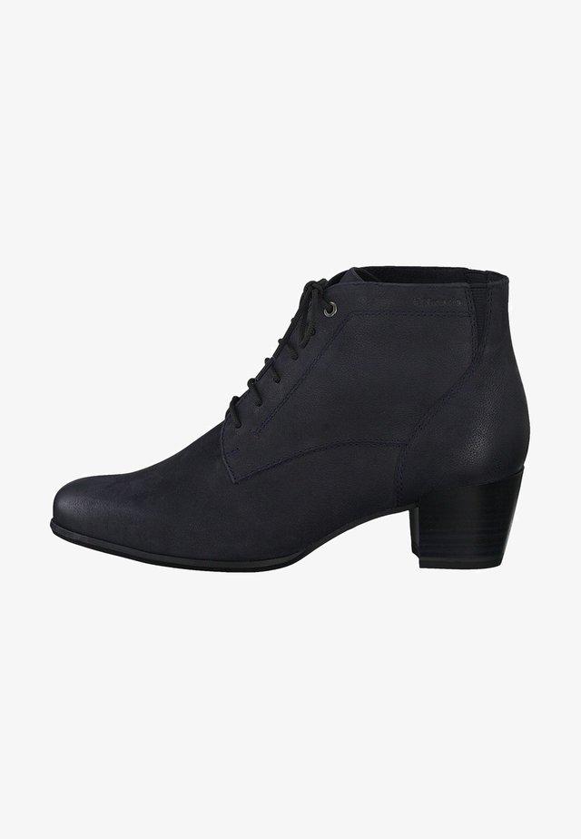 STIEFELETTE - Cowboy/biker ankle boot - navy nubuc