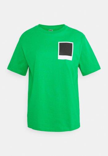LACOSTE X POLAROID  - T-shirt print - malachite