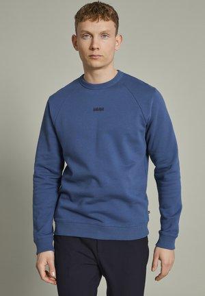 Sweater - dust blue