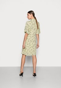 Selected Femme - UMA SHORT DRESS - Shirt dress - young wheat - 2